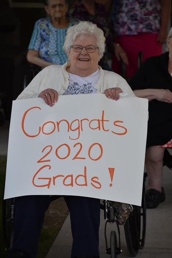 congrats grads 2020.jpg